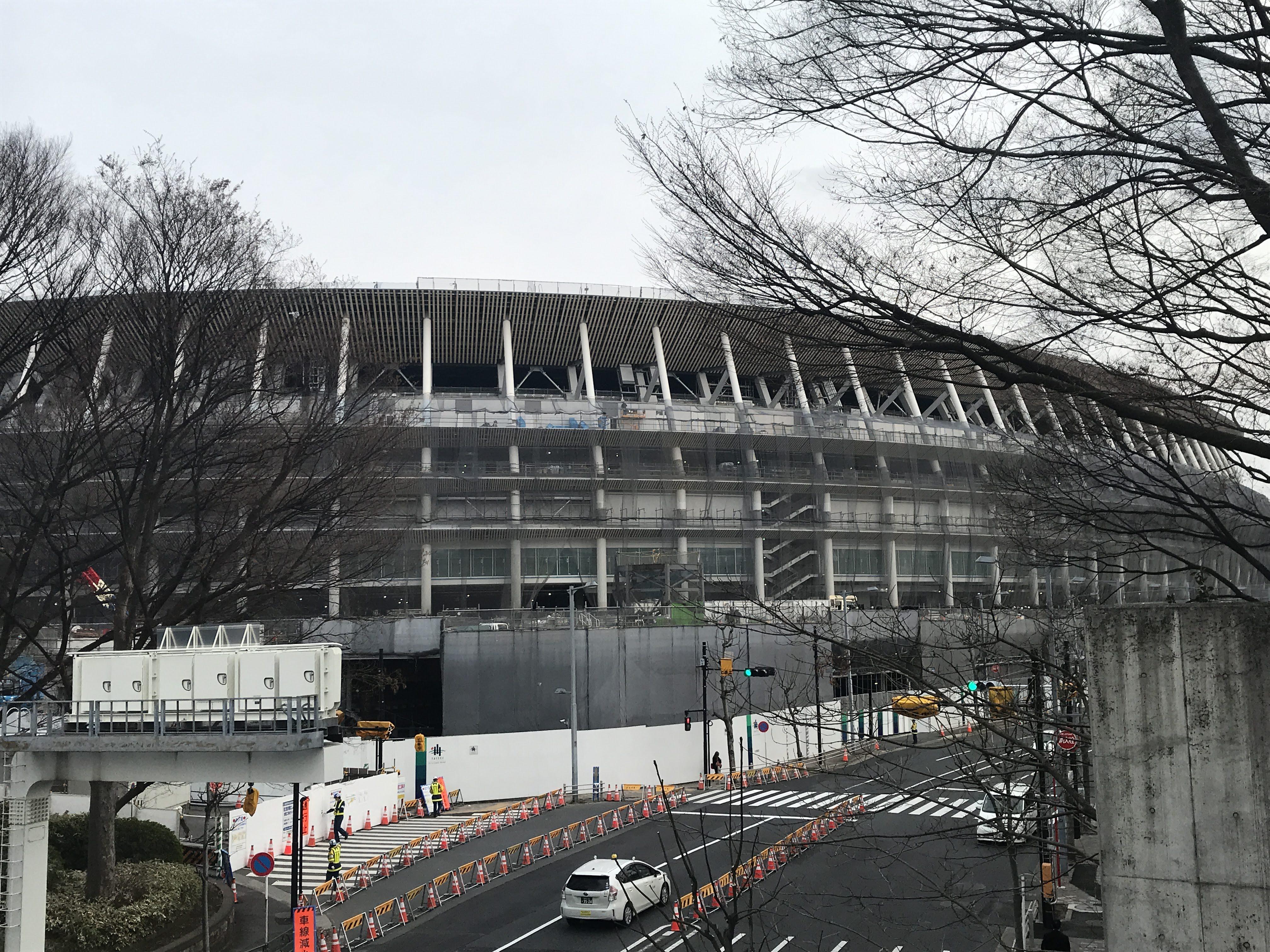 建設中新国立競技場